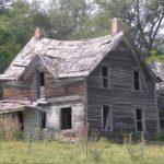 夢占い「古い家の夢」の意味とは